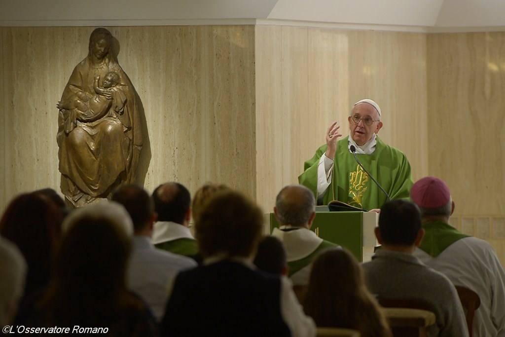 Святейший Отец: не Римские Папы, а молитва изменяет Церковь и сердца людей