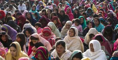 Пакистан: Рождество с Библией и Кораном в руках