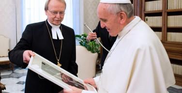 Папа Франциск посетит Швецию в октябре этого года