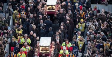 Мощи св. Пия из Пьетрельчины и св. Леопольда Мандича в Ватикане. Папа: «Молитва – это сила, которая движет миром»