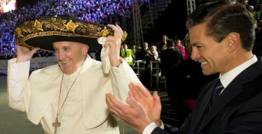 Папа Франциск прибыл в Мексику