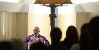 Папа Франциск: видеть в бедных Иисуса Христа