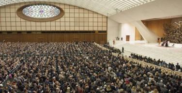 Папа — предпринимателям: бизнес должен служить человеку, а не рынку