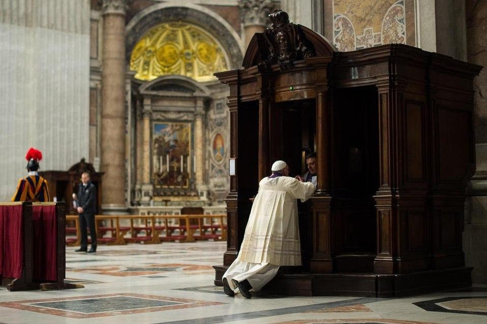 Папа – Миссионерам милосердия: прикрывайте грешника покровом милосердия