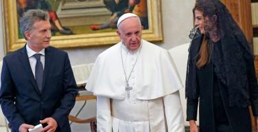 Папа Франциск изменил правила ватиканского протокола встреч с разведенными католиками — главами государств