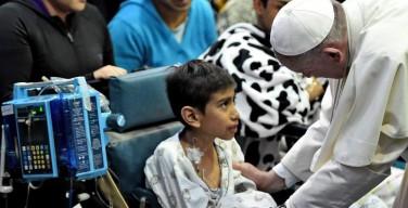 Папа: сила человеческого сообщества заключается в сострадании к другим