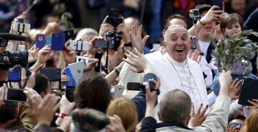 Angelus 20 марта. Папа: пусть Святой год Милосердия станет Юбилеем молодежи на уровне Вселенской Церкви