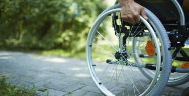 Уменьшение числа инвалидов Минтруд объясняет их смертностью