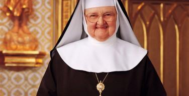 Скончалась сестра Анжелика, основательница католической медиасети EWTN