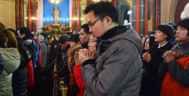 Численность христиан в Китае достигла 100 млн. человек и превысила количество коммунистов