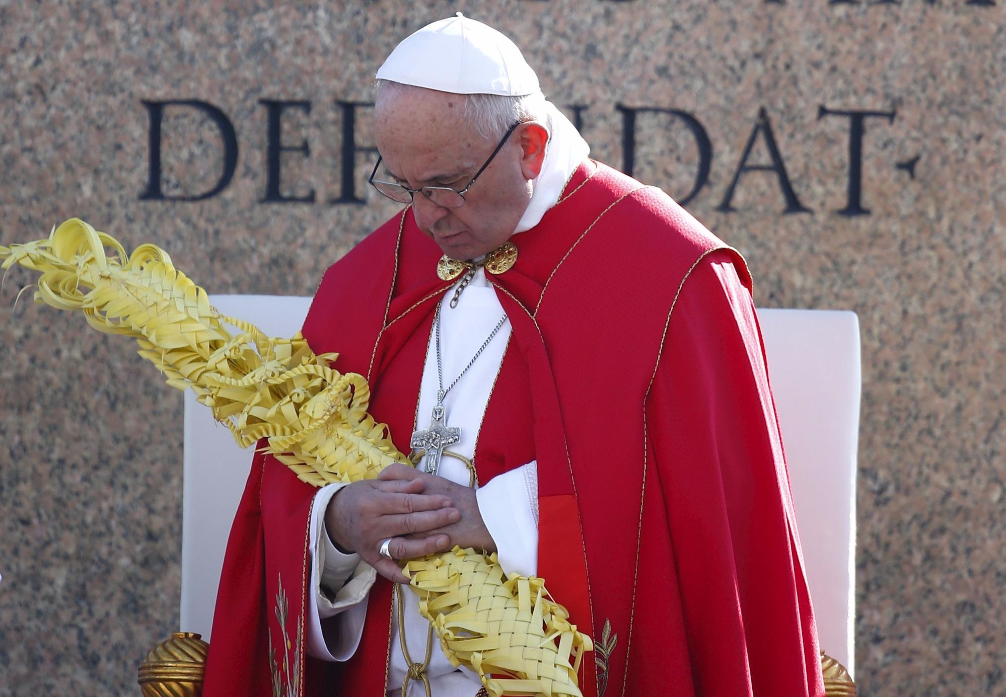 Папа Франциск выразил соболезнования в связи с крушением самолета в Ростове-на-Дону и терактом в Стамбуле