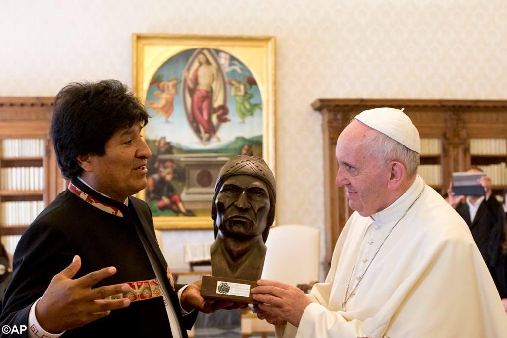 Папа встретился с Эво Моралесом (фото)