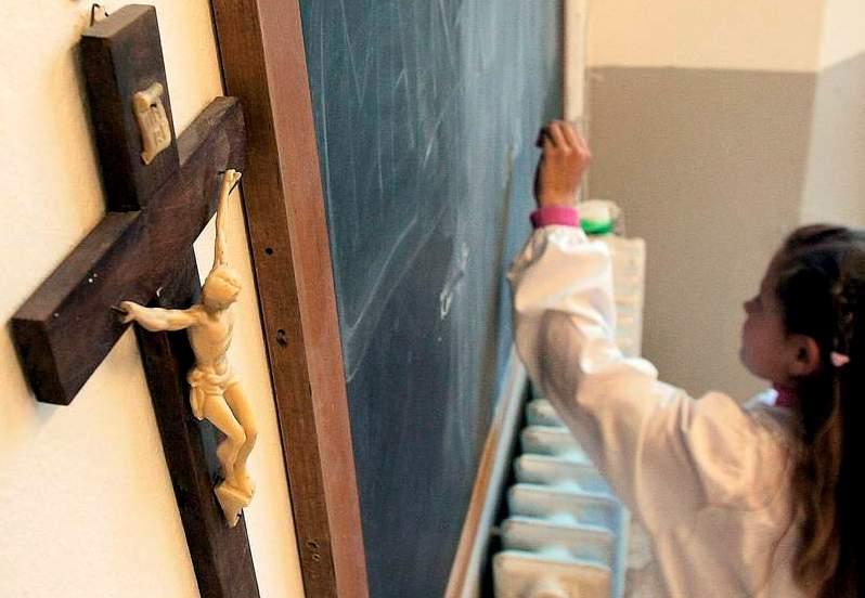 В белорусских школах не будут преподавать религию