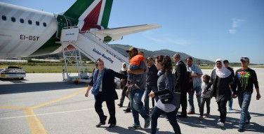 Вместе с Папой с острова Лесбос в Ватикан прибудут 12 сирийских беженцев