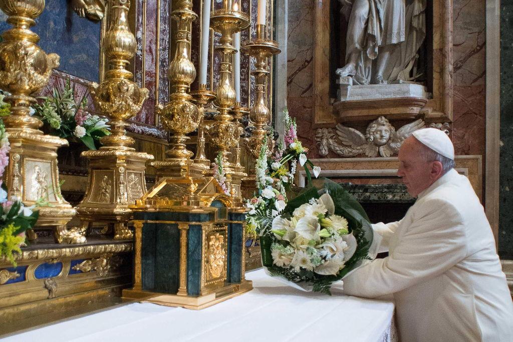 Папа Франциск доверил Божией Матери свою встречу с беженцами