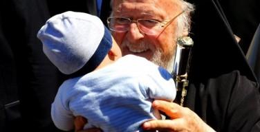 Патриарх Варфоломей: мир будет судим по его отношению к беженцам