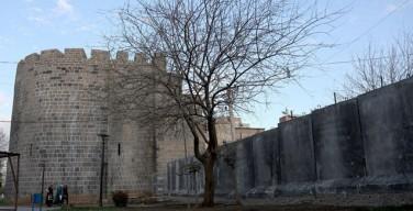 Турецкие власти экспроприировали христианские церкви в ходе операции против курдских повстанцев
