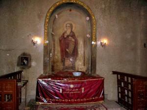 рака с мощами св. Афанасия в кафедральном соборе Св. Марка в Каире
