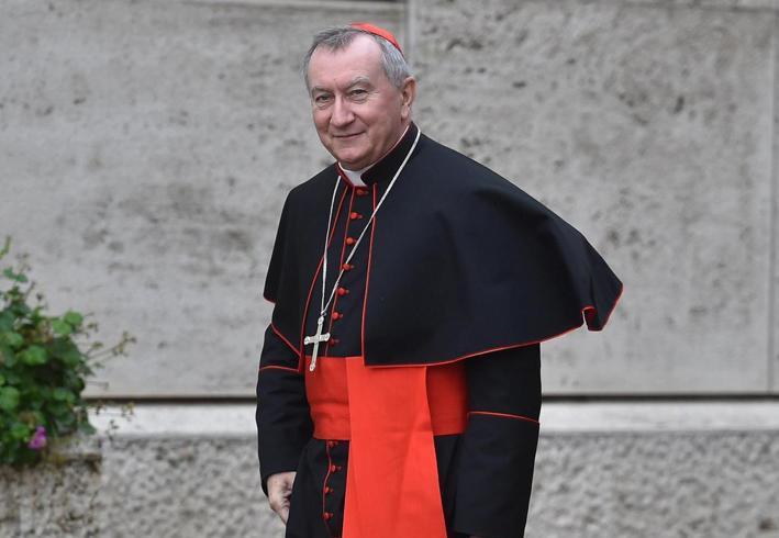 Кардинал Паролин посетил центр изучения бесплодия