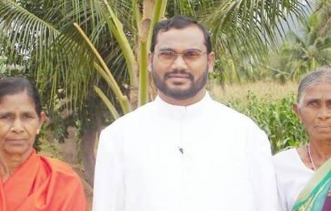 В Индии убили католического священника