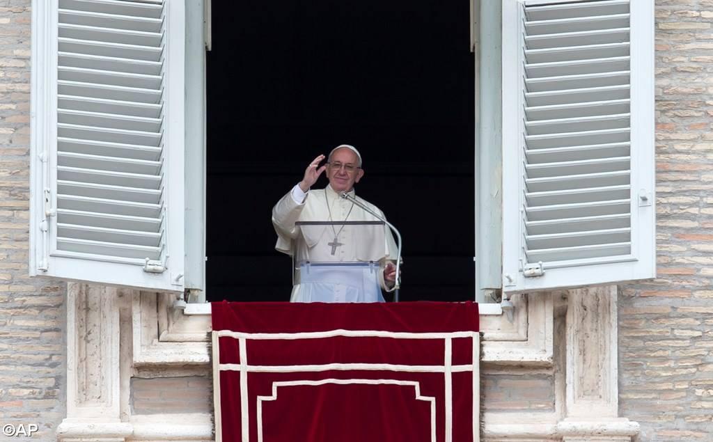 Слово Папы Франциска перед чтением молитвы«Царица Небесная» 1 мая: «Мы не одиноки! Иисус с нами»