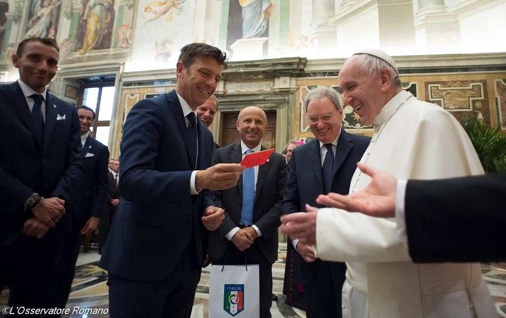 Накануне финала Кубка Италии «Ювентус» и «Милан» встретились с Папой