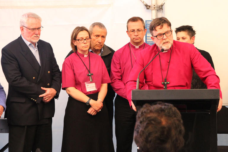 Англиканская Церковь Новой Зеландии и Полинезии отложила решение по благословению однополых пар
