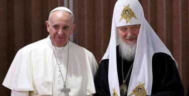 Лукашенко пригласил в Белоруссию Папу Франциска и Патриарха Кирилла, чтобы помолиться о мире на Украине