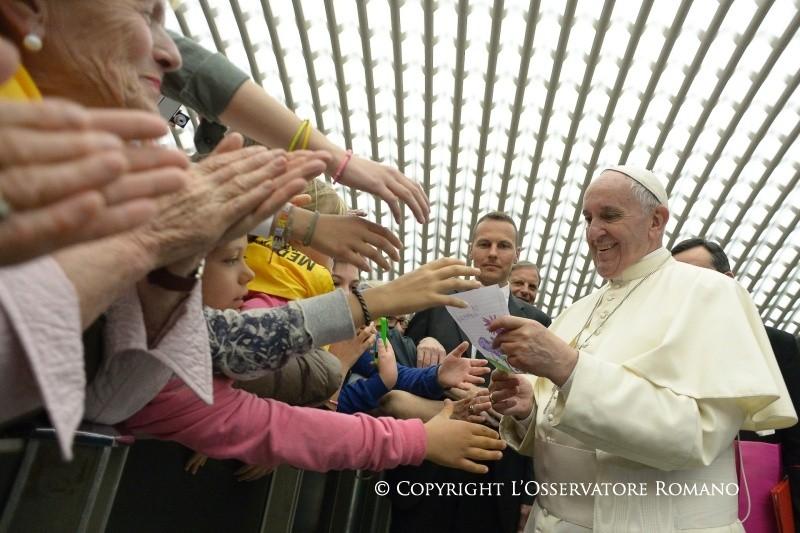 Папа — врачам: вы — ангелы для Африки