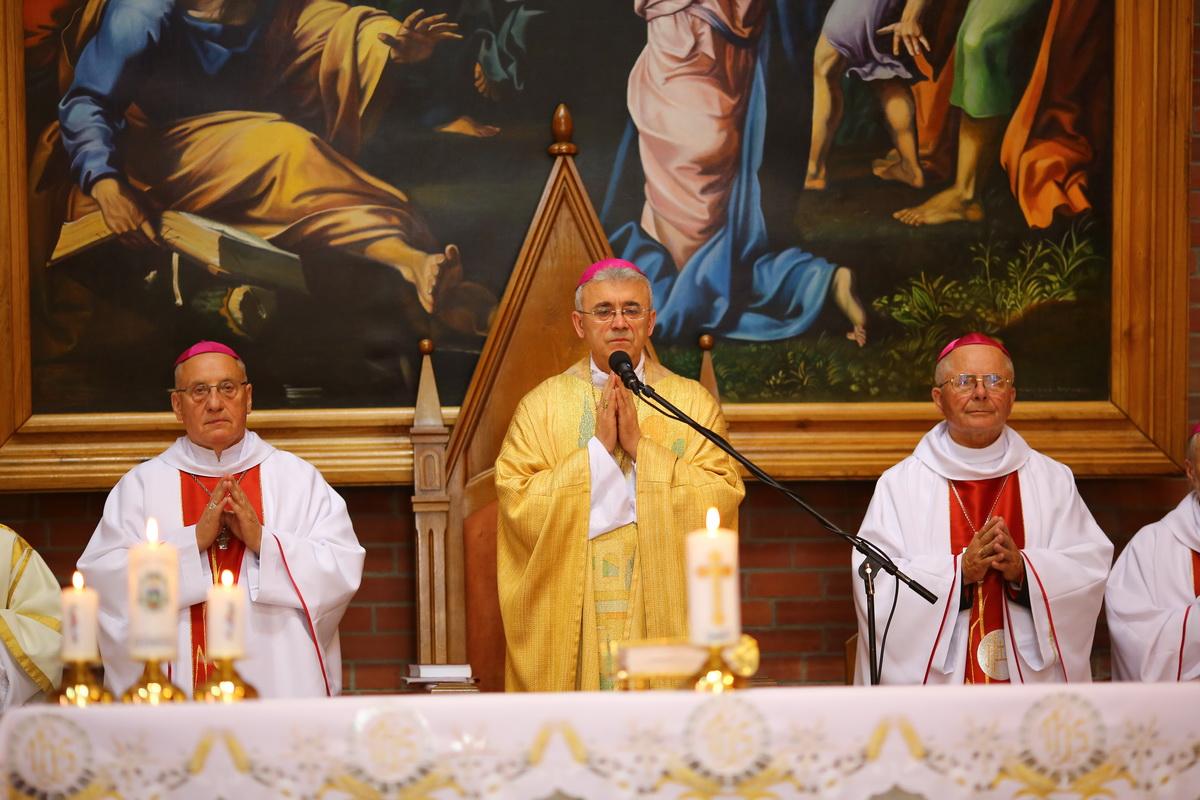 Празднование 25-летия епископской хиротонии Владыки Иосифа Верта (ФОТО)