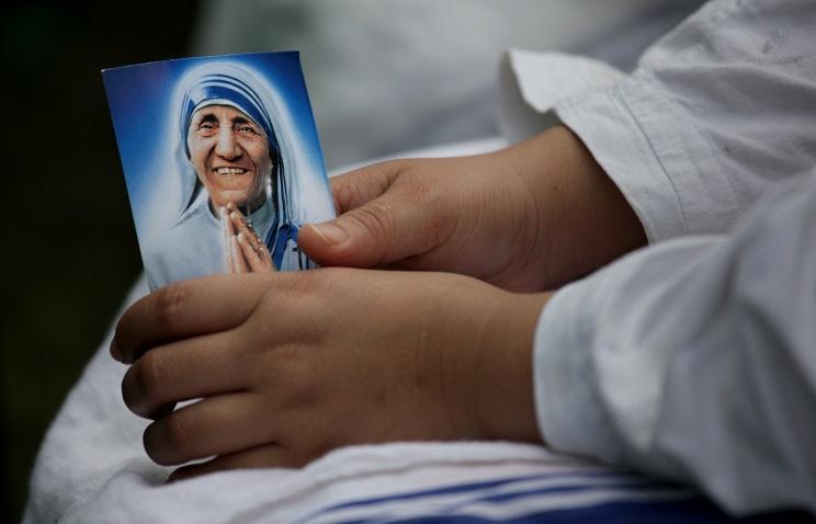 Ватикан выпустит марку к канонизации Матери Терезы