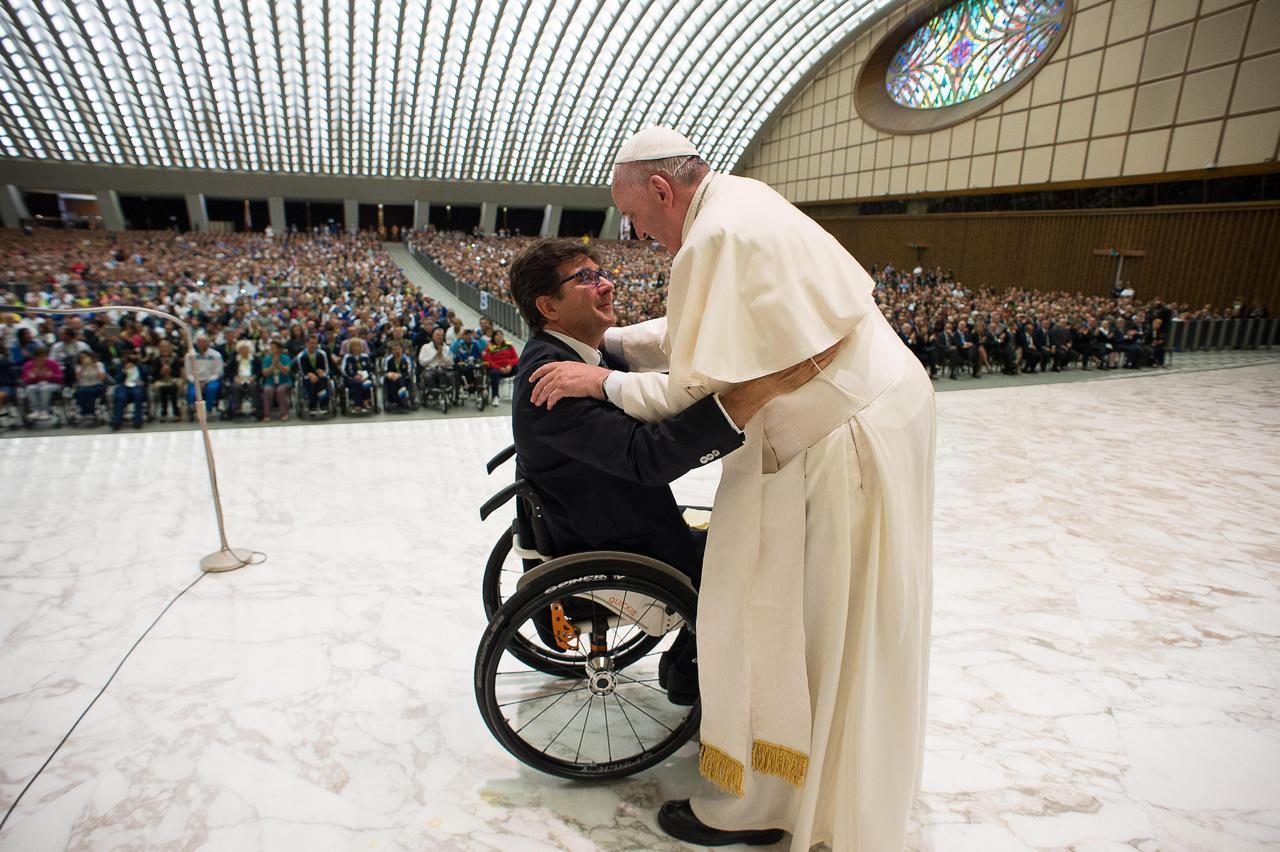 Папа приветствовал паралимпийцев