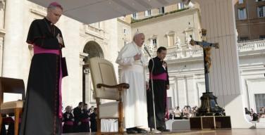 Папа: Крест Христов – это ответ Бога на зло и грех человека, ответ любви и милосердия