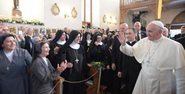 Папа в Тбилиси: сегодня идет мировая война против брака