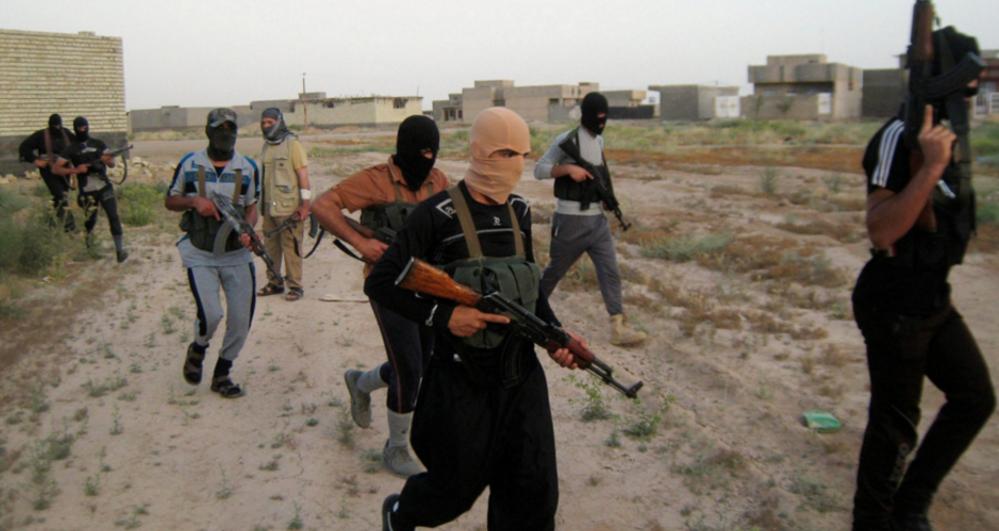 СМИ: к югу от Мосула боевики ИГИЛ казнили почти 300 мужчин и мальчиков