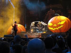 1200px-helloween_-_rockin_field_festival_-_luglio_2008_-9