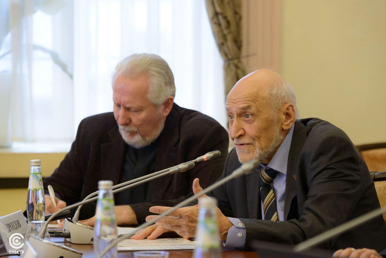Телеведущий Николай Дроздов предложил читать отрывки из Библии на радио и по ТВ