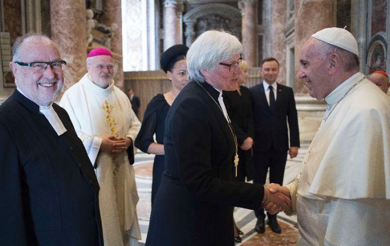 Накануне поездки в Швецию Папа рассказал, чему можно научиться у лютеран