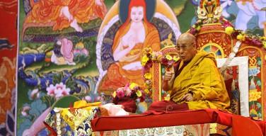 Духовный лидер буддистов: Далай-ламой в будущем может стать женщина