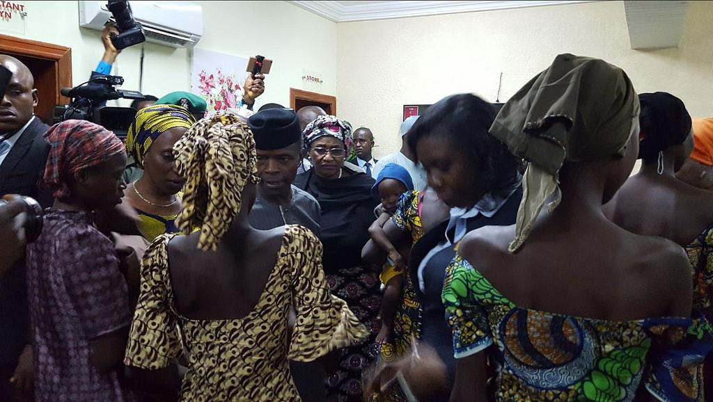 В Нигерии освобождены 21 из 200 школьниц, похищенных боевиками полтора года назад