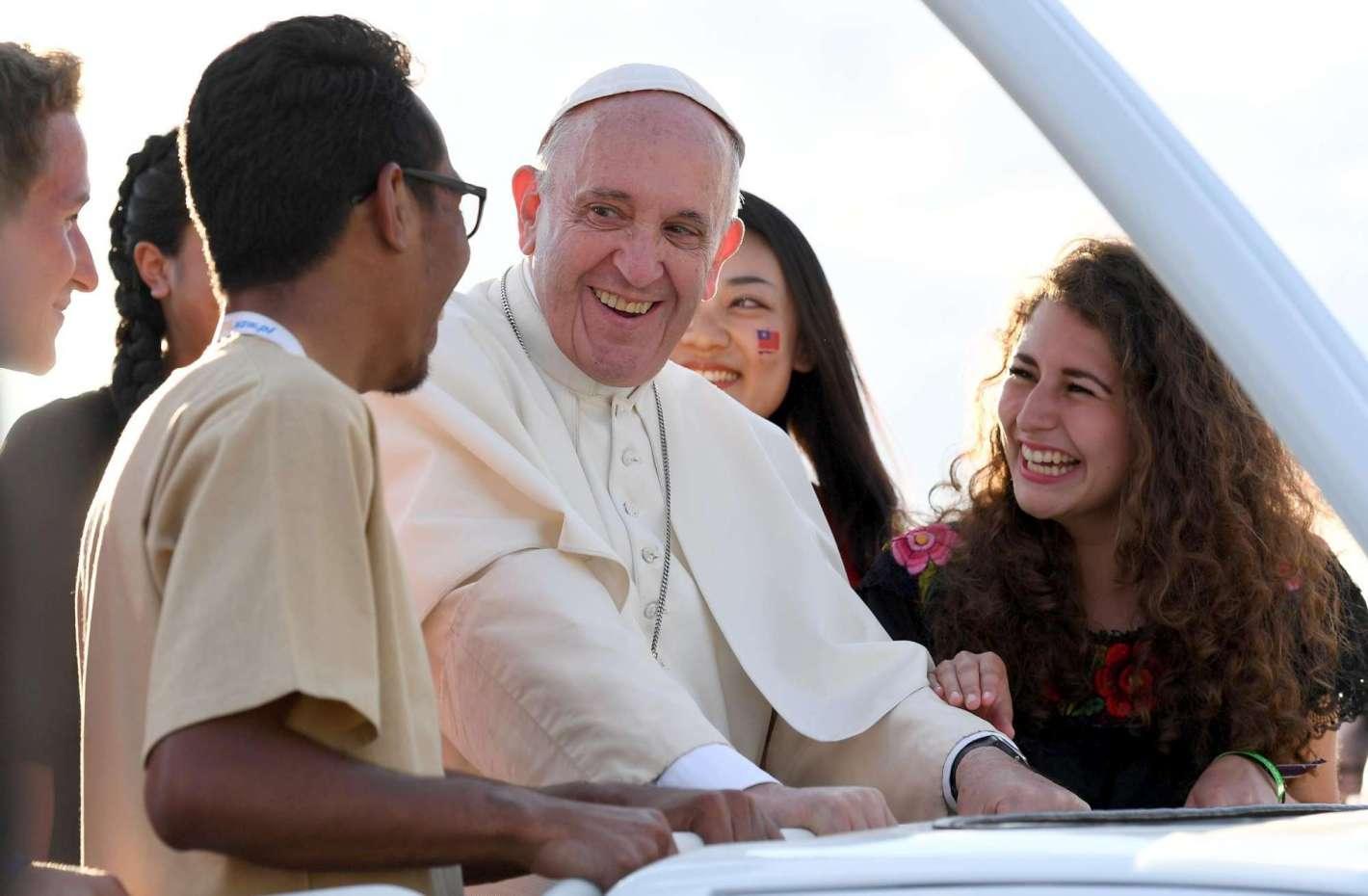 Папа собирает Синод Епископов на тему о сопровождении молодежи