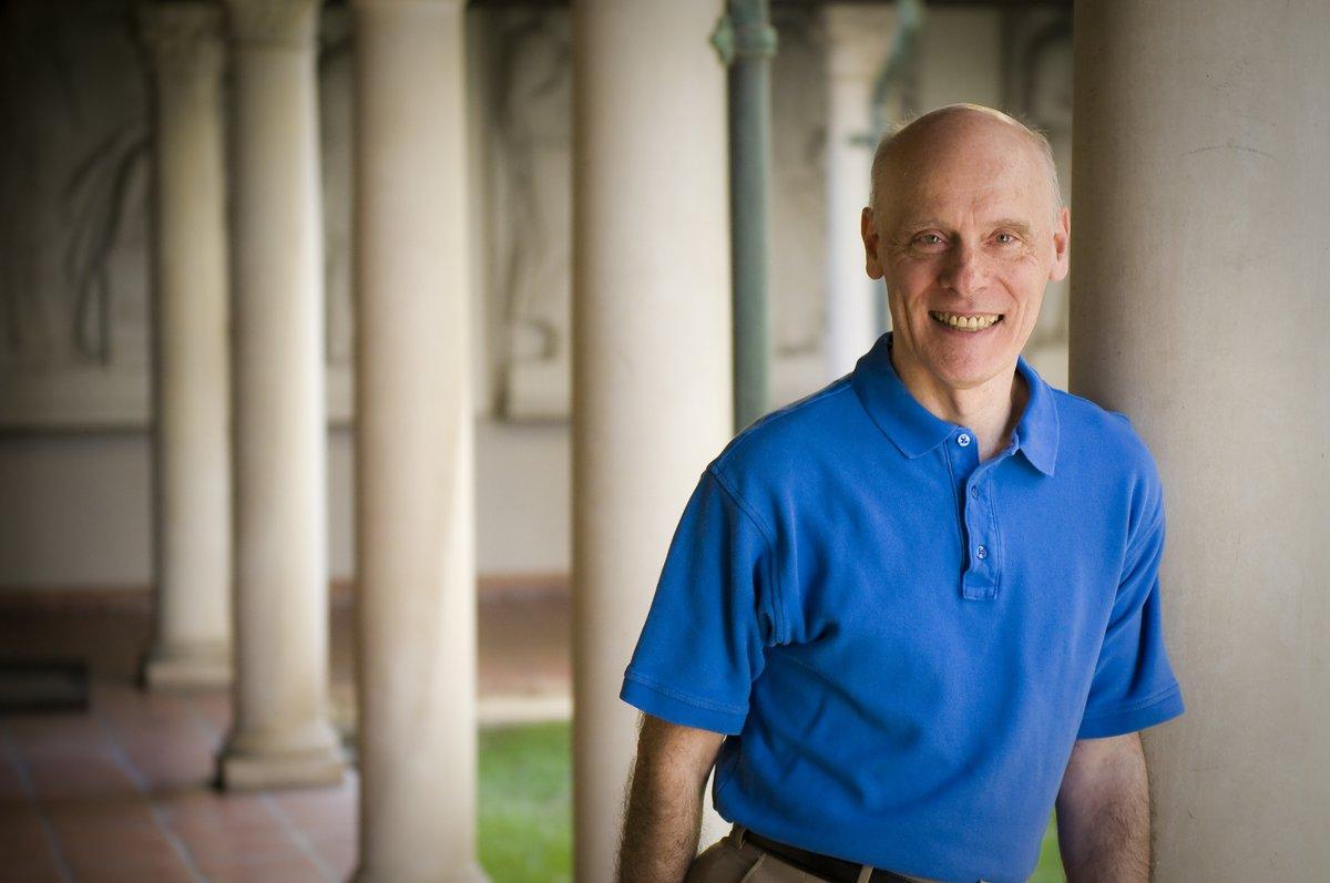 Астрофизик из США рассказал историю о том, как он поверил в Бога