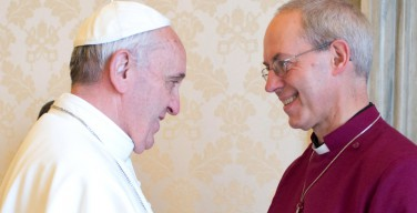 Впервые в истории Папа Римский и архиепископ Кентерберийский вместе отслужат вечерню