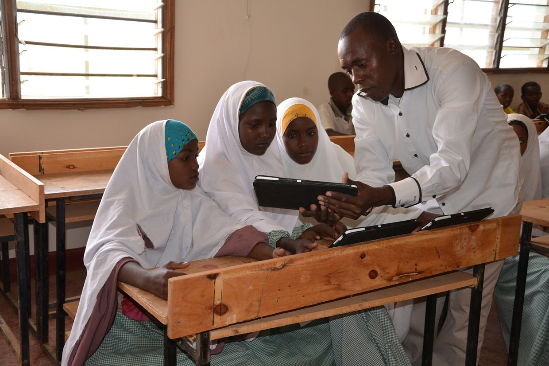 Папа приветствует проект интернет-обучения в Африке