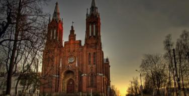 Губернатор Смоленской области сообщил, что Римско-католический костёл будет переделан под филармонию