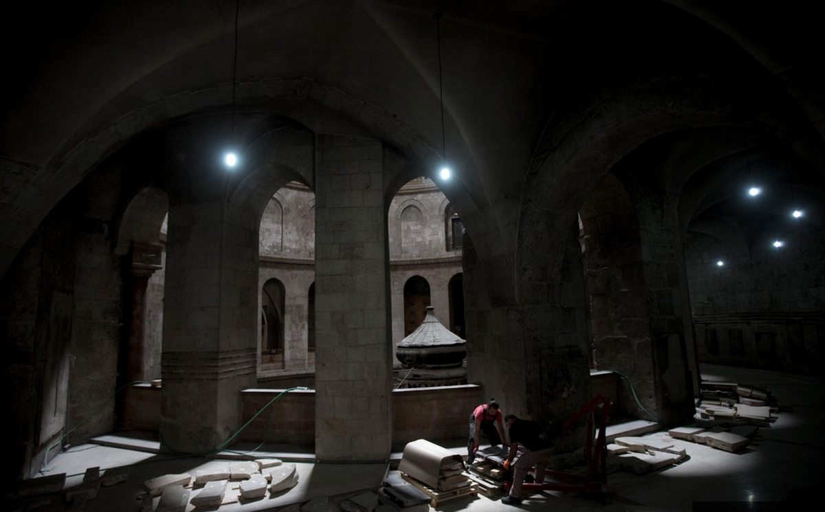 Необъяснимые помехи вывели из строя приборы ученых в Гробе Господнем