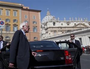 APTOPIX Vatican US 2016 Sanders