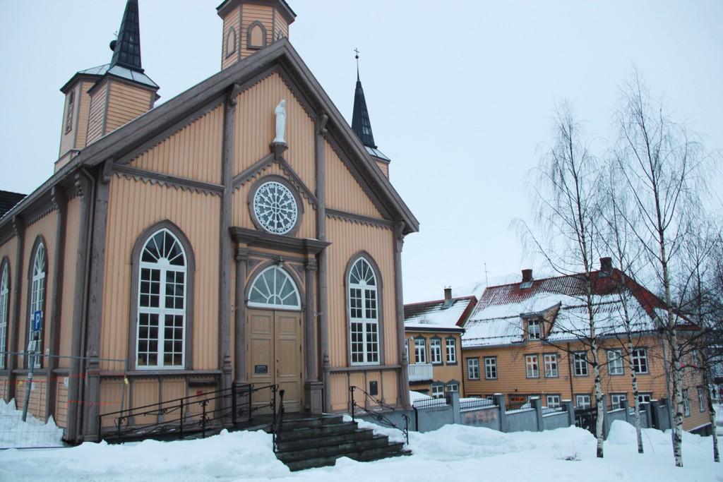 В Норвегии растет количество католиков и мусульман