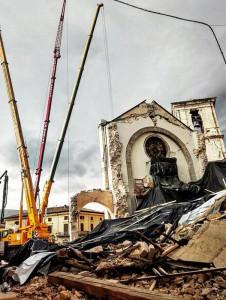 Terremoto: via messa in sicurezza facciata Basilica Norcia