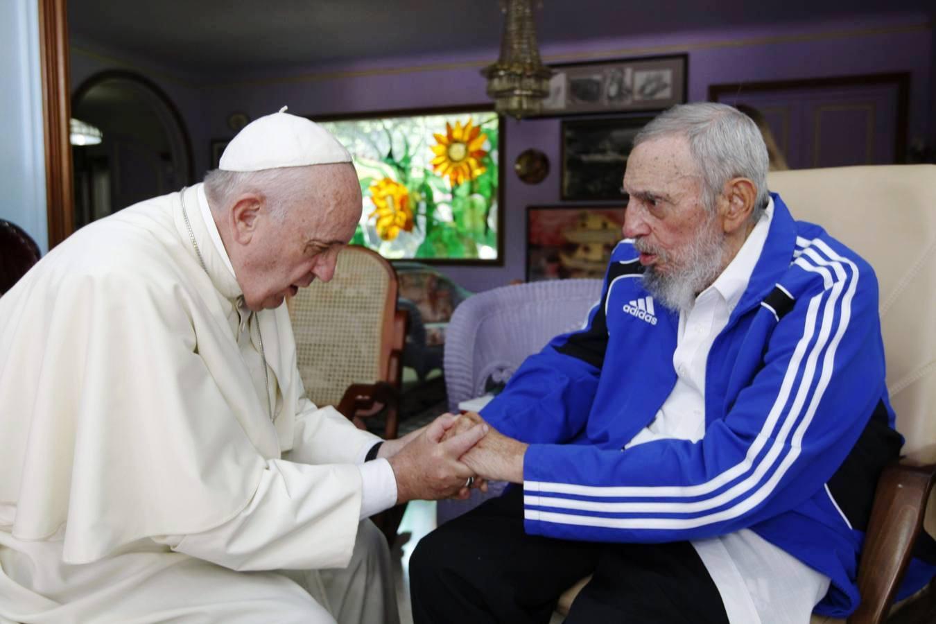 Папа Франциск выразил соболезнования в связи с кончиной Фиделя Кастро